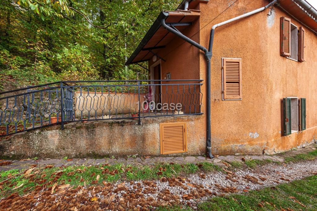 In Vendita Santa Fiora - Bagnolo - Piccola Abitazione Con ...
